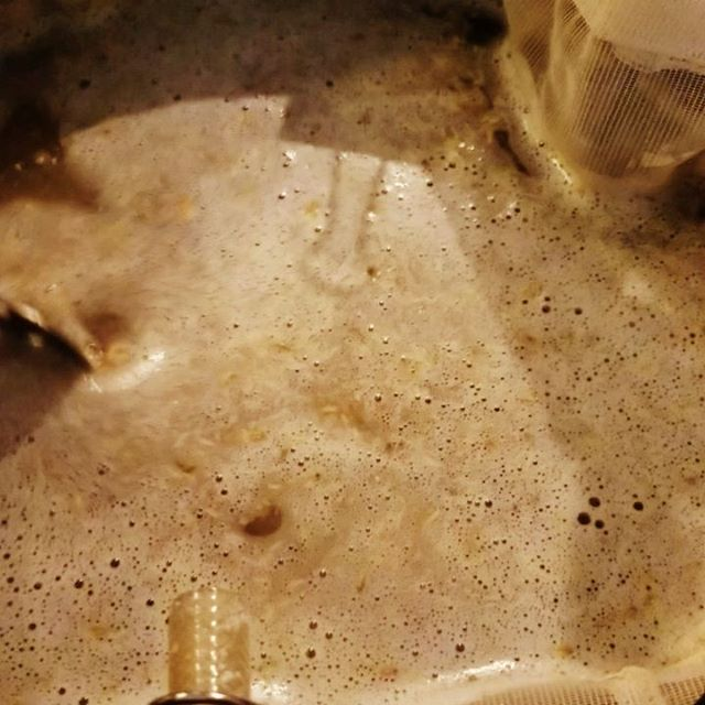 It's time to make more beer.  It's driving me nuts having to buy beer.  I fell into the peer pressure of making a NEIPA. ...#homebrewing #beer #homebrew #diy #biab #diy